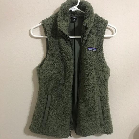 0f07ef968fb41 Patagonia Women s Los Gatos fleece Vest green XS. M 5c244f52bb76159aabba27a2